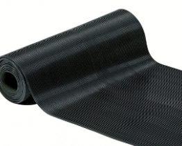 Finrillet gummiduk på rull