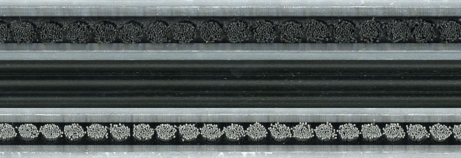 AluPro børster kombinert med gummiinnlegg